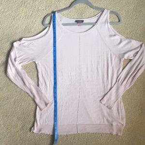 Vince Camuto blush cold shoulder sweater szM EUC